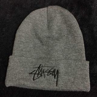 STUSSY ♡ ニット帽 グレー(ニット帽/ビーニー)