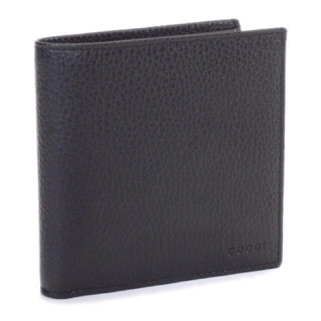 new style 42e31 2d5fe グッチ 二つ折り財布 アウトレット品   フリマアプリ ラクマ
