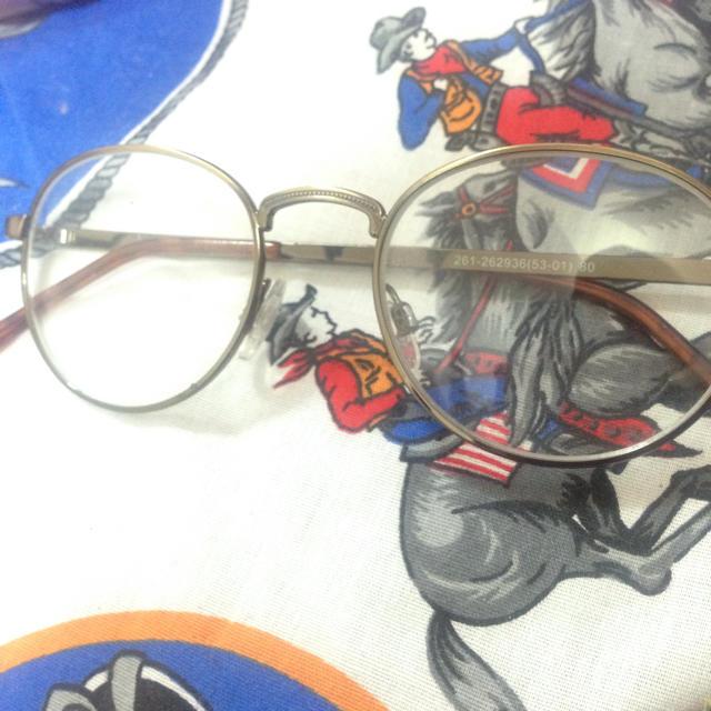 GU(ジーユー)のGU 丸メガネ ゴールド レディースのファッション小物(サングラス/メガネ)の商品写真
