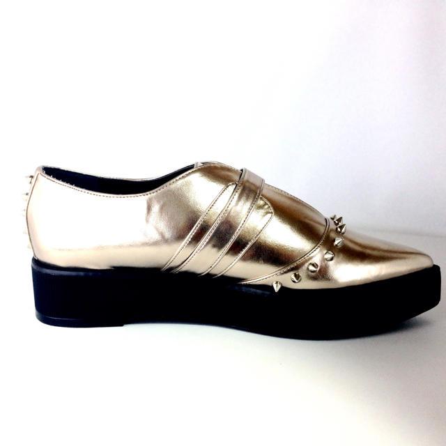 Ulula(ウルラ)のLサイズ 厚底ブーツ シャンパンゴールド 新品送料無料 レディースの靴/シューズ(ブーツ)の商品写真