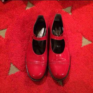 コムデギャルソン(COMME des GARCONS)のコムデギャルソン 赤ワンストラップ(ローファー/革靴)