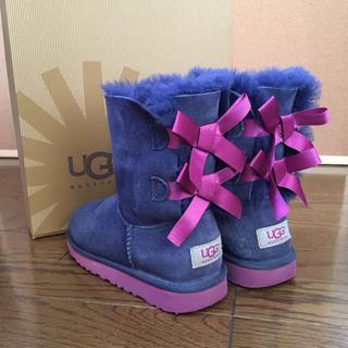 アグ(UGG)のUGG キッズ ベイリーボウ 20cm  ブーツ(ブーツ)