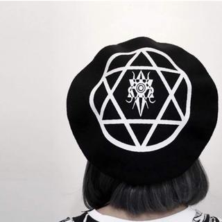 ファンキーフルーツ(FUNKY FRUIT)の新品★ヘキサグラム ロゴ 合皮縁のベレー帽 Drug Honey(ハンチング/ベレー帽)