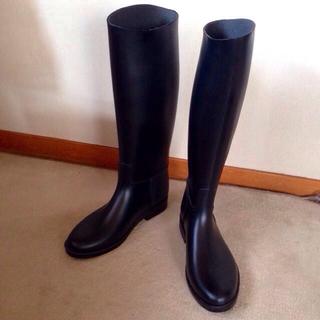 新品✨シンプル黒❗️レインブーツ♡(レインブーツ/長靴)