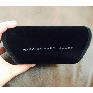 マークバイマークジェイコブス(MARC BY MARC JACOBS)のマーク★サングラスケース(サングラス/メガネ)