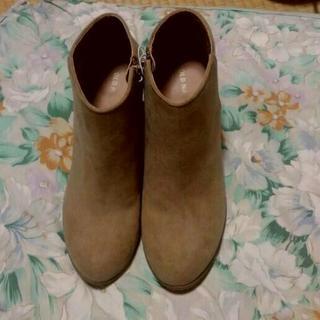 オールドネイビー(Old Navy)のOLDNAVYスエード調合皮ショートブーツUS9(26㎝)新品大きめサイズBE(ブーツ)