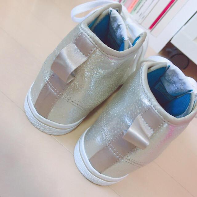 adidas(アディダス)のadidas インヒールハイカットスニーカー レディースの靴/シューズ(スニーカー)の商品写真