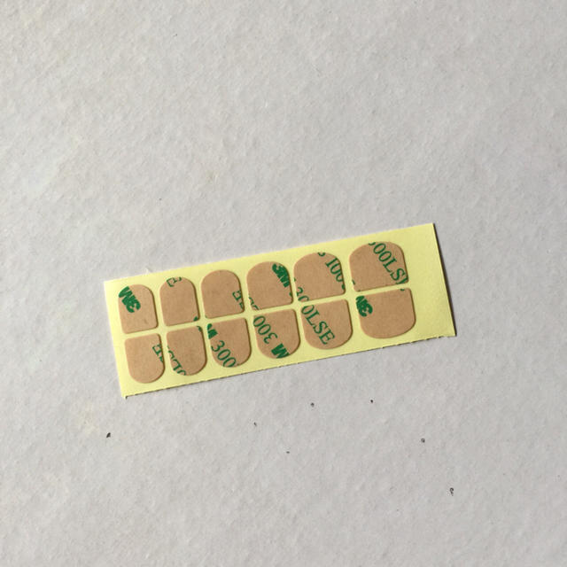 ネイルチップ イエロー×グレー 接着テープ付き ハンドメイドのアクセサリー(ネイルチップ)の商品写真