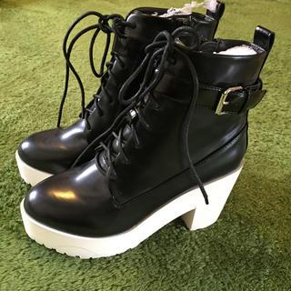ウルラ(Ulula)の新品未使用 ショートブーツ 厚底 サイズS(ブーツ)