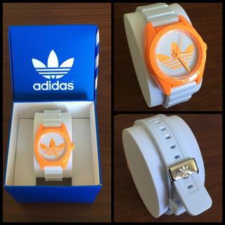 アディダス(adidas)の保証書付♡新品未使用/追跡有発送♡adidas時計 白×オレンジ(腕時計)