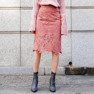 ディーホリック(dholic)の特別SALE!新品未使用タグ付きピンクdholicレースタイトスカート(ひざ丈スカート)