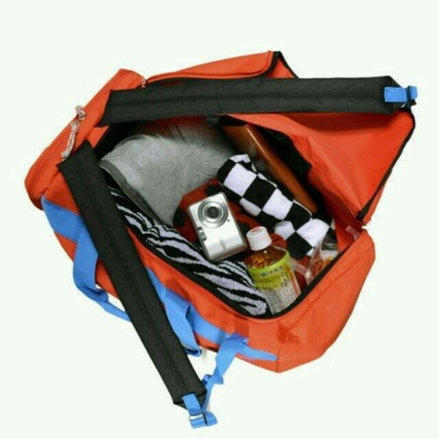 adidas(アディダス)のadidasボストンバッグ&リュック オレンジ メンズのバッグ(ボストンバッグ)の商品写真