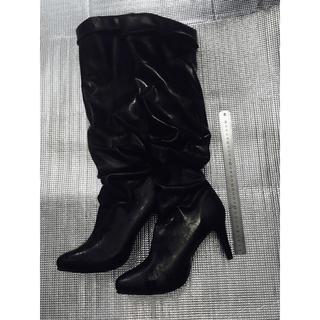 新品未使用品★ブラックロングブーツ黒/5L 膝まで 脚がが綺麗に!ポッチャリな方(ブーツ)