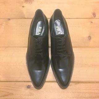 プラダ(PRADA)のPRADA ドレスシューズ 靴 37.5 レディース 美品(ローファー/
