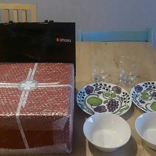 イッタラ(iittala)の新品 イッタラ パラティッシ2枚 ティーマボウル 2個 レンピ グラス セット(食器)