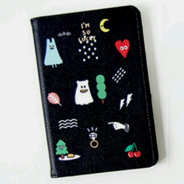 パスポートケース カード入れ 旅行 整理 スキミング防止 かわいい ブラック