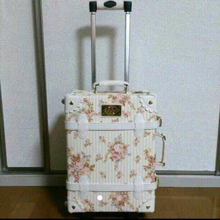 6571d356d2 スーツケース/キャリーバッグ · リズリサ キャリーバック. ¥2,300. リズリサ(LIZ LISA)の新品未使用♡花柄リズリサキャリー♡(