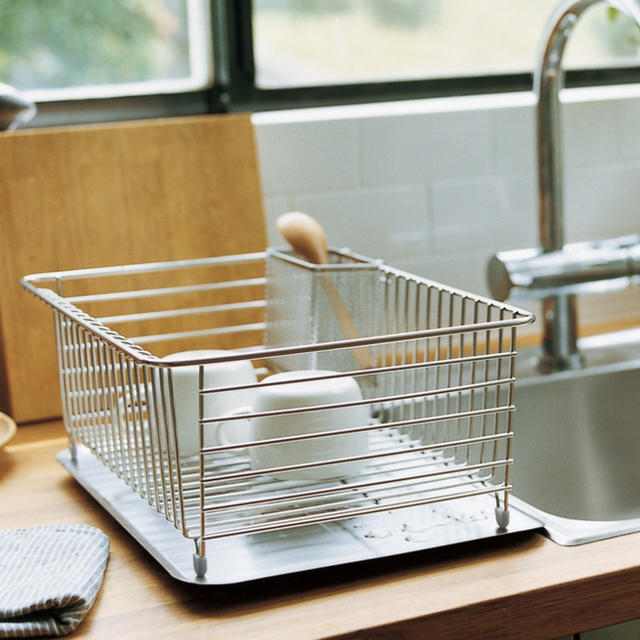 MUJI (無印良品)(ムジルシリョウヒン)の無印 ステンレス水切り用傾斜トレー インテリア/住まい/日用品のキッチン/食器(収納/キッチン雑貨)の商品写真