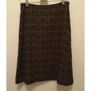 ミナペルホネン(mina perhonen)のサリースコット のスカート(ひざ丈スカート)