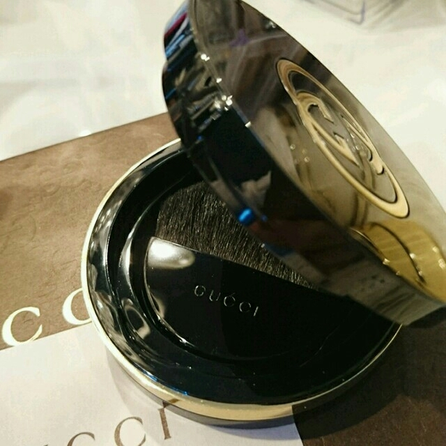 bca3d2962b98 Gucci - 【日本未発売】GUCCI ファンデーション*の通販 by *プロフィール ...
