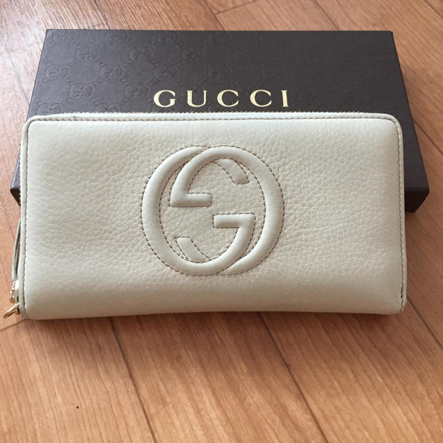 245a8249bfc4 Gucci - グッチ ソーホー 財布 美品の通販 by はるっちshop グッチなら ...