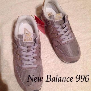 ニューバランス(New Balance)のレア!ニューバランス996 グレー22(スニーカー)