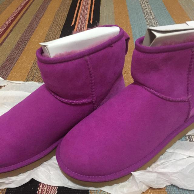 UGG(アグ)のUGG WOMEN ブーツ パープル レディースの靴/シューズ(ブーツ)の商品写真