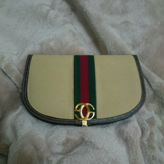 cheap for discount c5b30 f321b GUCCI ヴィンテージ 財布 | フリマアプリ ラクマ