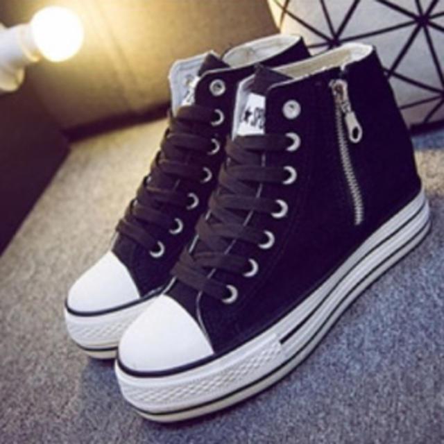 スニーカー レディースの靴/シューズ(スニーカー)の商品写真