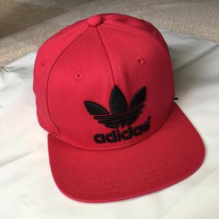 アディダス(adidas)のadidas 赤キャップ(キャップ)