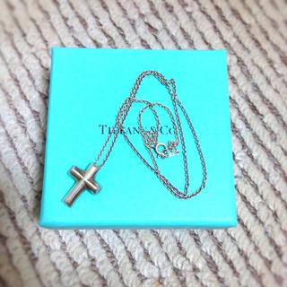 ティファニー(Tiffany & Co.)のTIFFANY&Co.クロスネックレス(ネックレス)