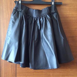 ローリーズファーム(LOWRYS FARM)のレザースカート(ミニスカート)
