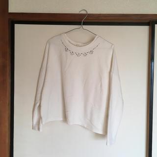 ジーユー(GU)のビジュー付きTシャツ(Tシャツ(長袖/七分))