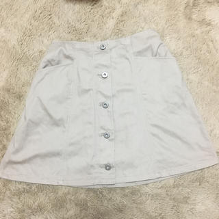 ローリーズファーム(LOWRYS FARM)のLOWRYS FARM ローリーズファーム ボタン付き スカート 台形 ベージュ(ミニスカート)
