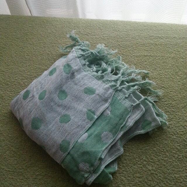 リバーシブルマフラー グリーン レディースのファッション小物(マフラー/ショール)の商品写真