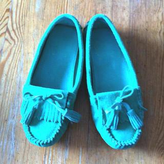 きれい色シューズと4℃アクセサリーポーチ(ローファー/革靴)