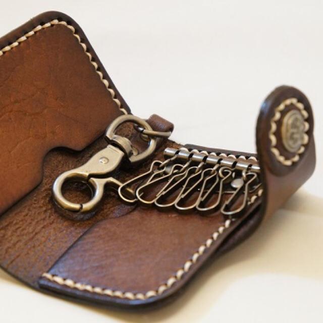 新品 厚手 天然牛本革 キーケース (ブラウン) ハンドメイド メンズのファッション小物(キーケース)の商品写真