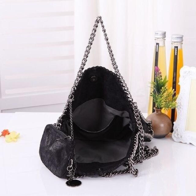 ファラベラ チェーン バッグ 黒  レディースのバッグ(ハンドバッグ)の商品写真