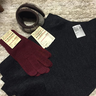 ムジルシリョウヒン(MUJI (無印良品))の専用 無印良品スマホ手袋 ユニクロ マフラー 新品 福袋(手袋)