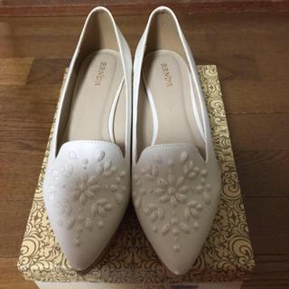 ランダ(RANDA)のホワイトシューズ(ローファー/革靴)