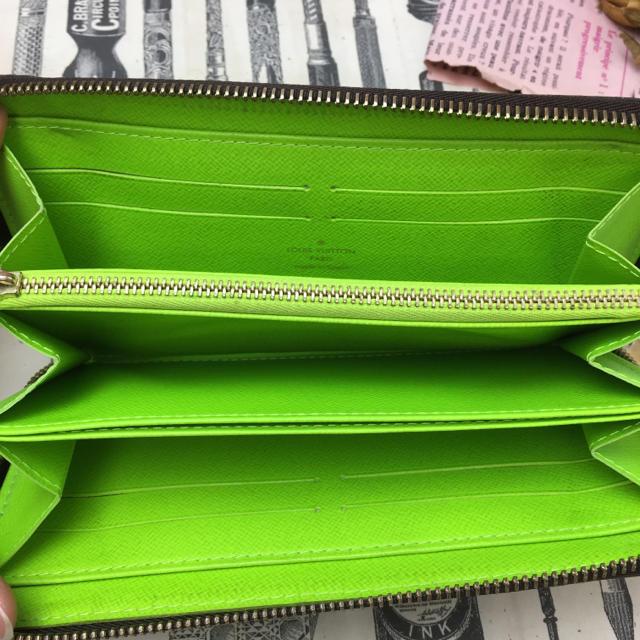 huge selection of a678b b69ca 【レア】ヴィトン☆長財布 ジッピーウォレットグラフィティ 正規品 緑 限定品