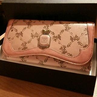 アナスイ(ANNA SUI)のほぼ未使用☆アナスイ 長財布 落ち着いたピンク 廃盤ウォールデコ(財布)