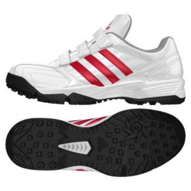 adidas(アディダス)のアディダス トレーニングシューズ 27cm レッド ホワイト D73845 スポーツ/アウトドアの野球(シューズ)の商品写真