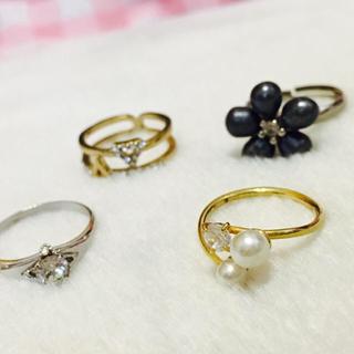 プライマーク(PRIMARK)のリング4つセット【指輪】【セット】(リング(指輪))