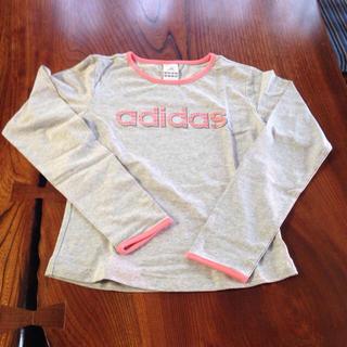 アディダス(adidas)の未使用 adidas 長袖Tシャツ M(Tシャツ(長袖/七分))
