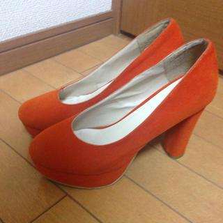 オレンジ パンプス(ハイヒール/パンプス)