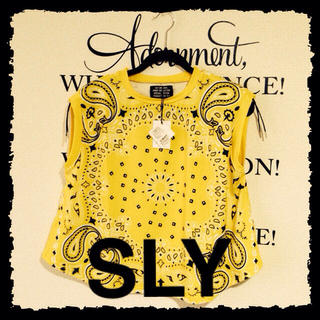 スライ(SLY)のSLY新品タグ付きペイズリータンク(Tシャツ(半袖/袖なし))