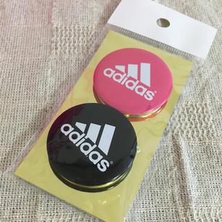 アディダス(adidas)のadidas 缶バッチ 非売品(バッジ/ピンバッジ)
