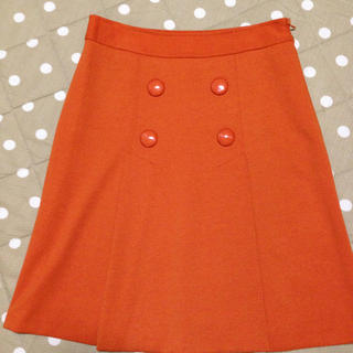台形スカート新品(ひざ丈スカート)