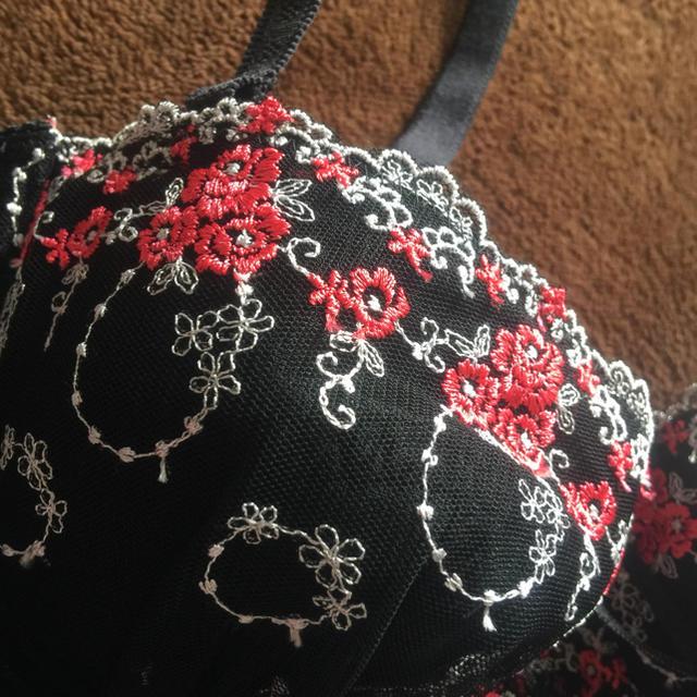 しまむら(シマムラ)の新品!C70 レディースの下着/アンダーウェア(ブラ&ショーツセット)の商品写真
